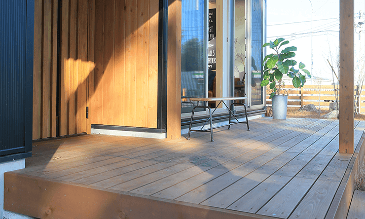 栃木県宇都宮市の住宅会社といえばNEXT HAUS DESIGNのウッドデッキ
