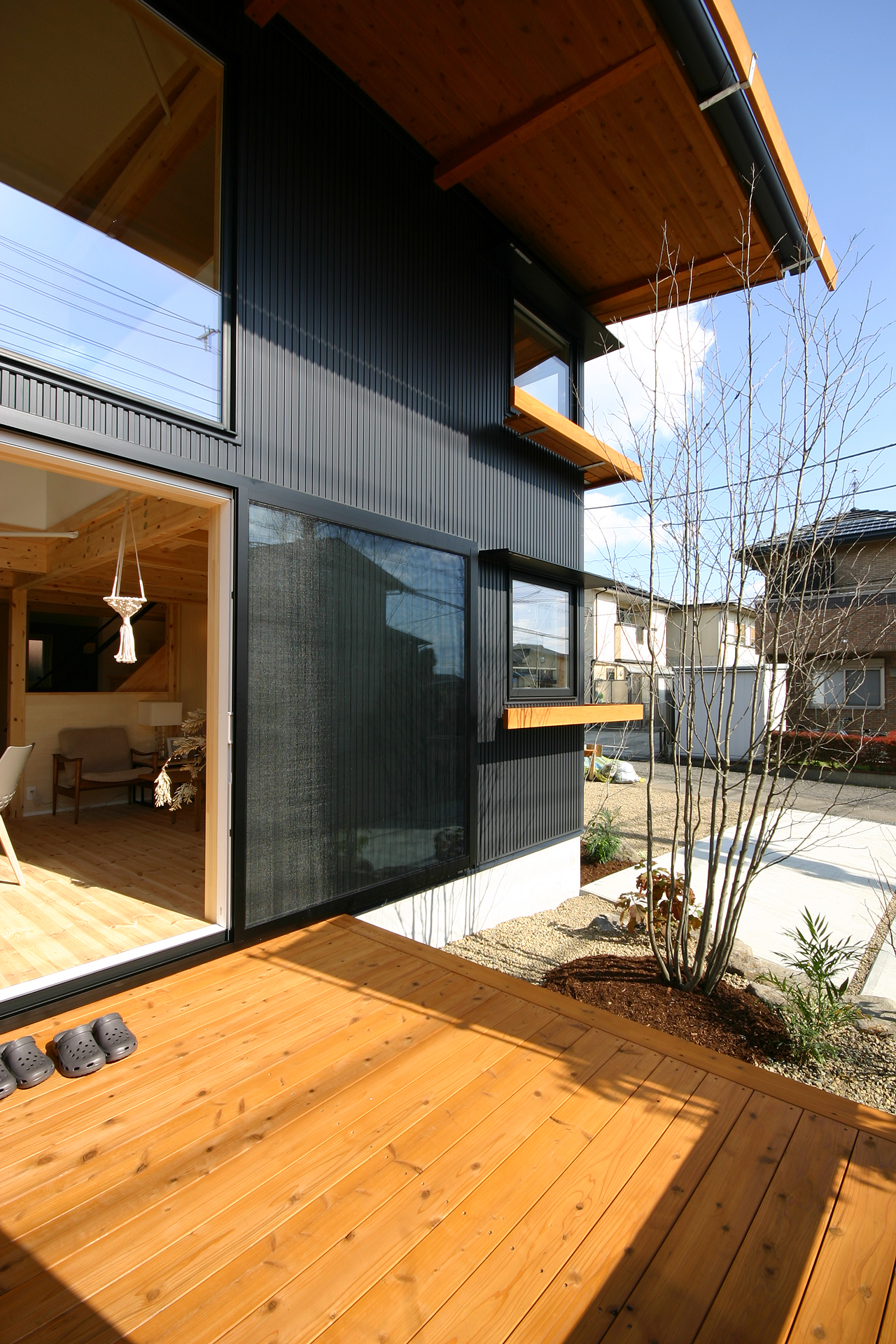 BEAHAUS|N-SERIES ウッドデッキ|栃木県宇都宮市の注文住宅 ネクストハウスデザインの施工例