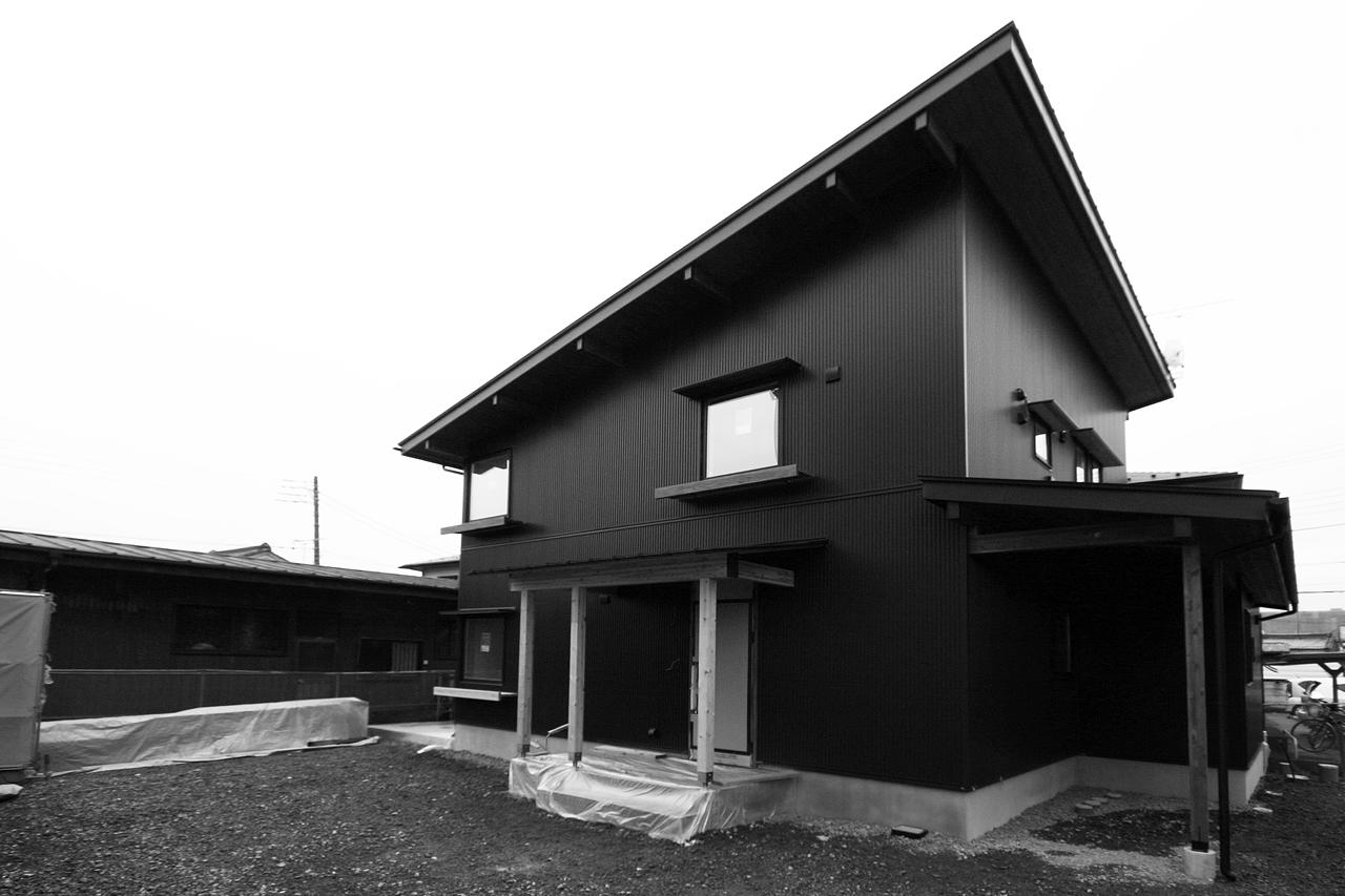 吹き抜けのある癒しの家 完成見楽会 宇都宮市|注文住宅 BOOOTS