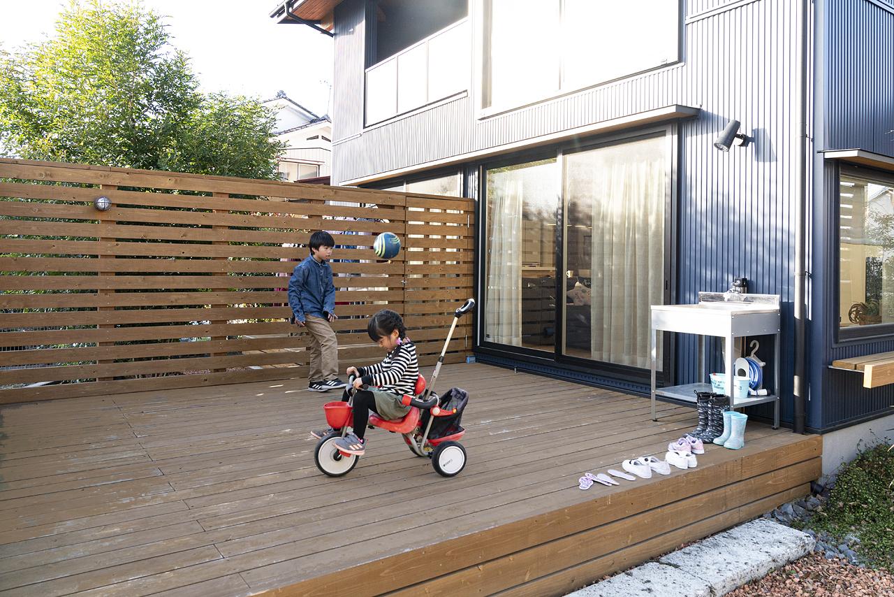 栃木県宇都宮市K様邸|BOOOTS|ウッドデッキ|ネクストハウスデザイン